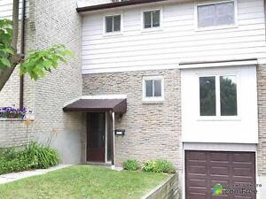 $195,000 - Townhouse for sale in Waterloo