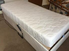 Lifting single bed. As new!