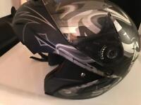 Motorbike safety helmet