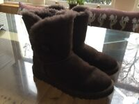Ugg boots, size 4