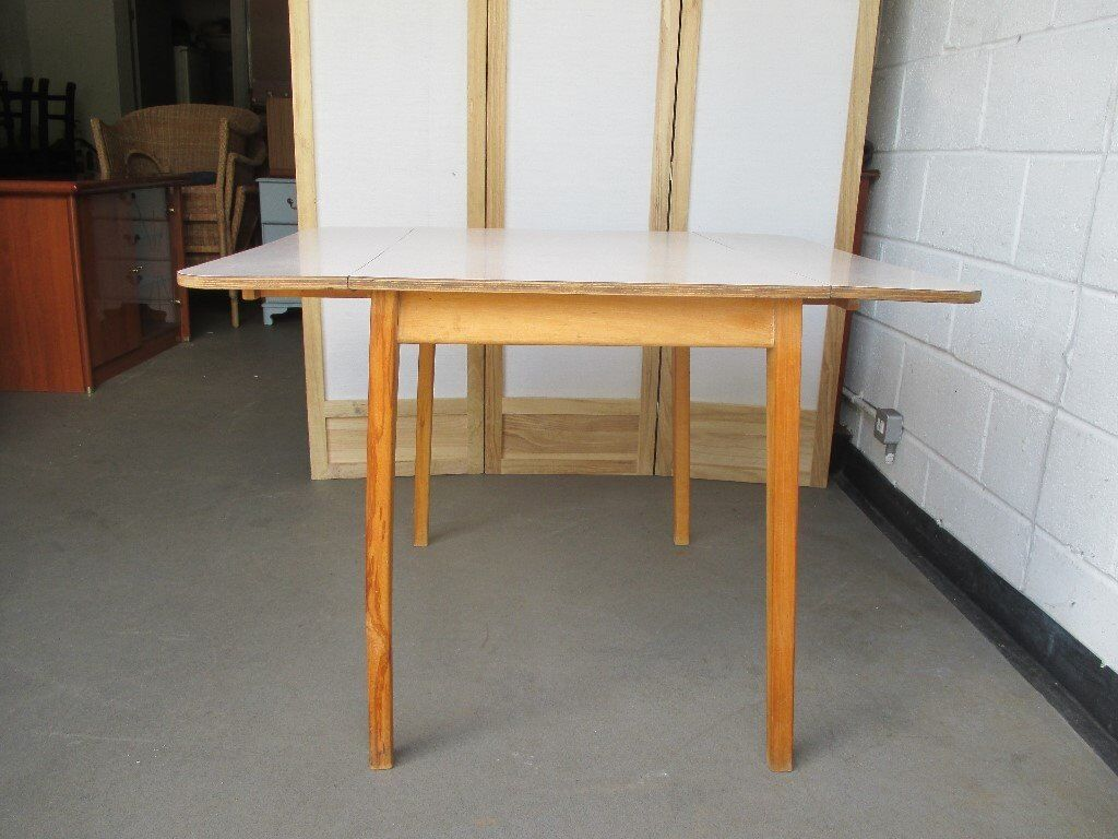 Round Formica Kitchen Table Vintage Kitchen Table With 4 Chairs Formica Table Top Orange