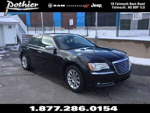 2011 Chrysler 300 Limited | LEATHER | DUAL PAN ROOF | NAV |