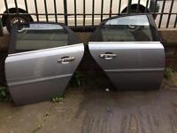 Vauxhall Vectra 2004 doors