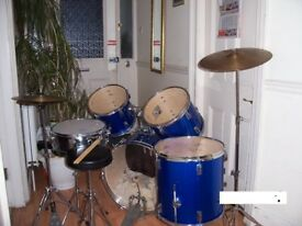 Drum kit ******performance percussion