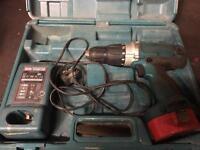 Makita 14v hammer drill driver with charger and box