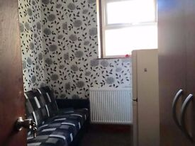 2 Bedroom Flat to rent on Ilford Lane