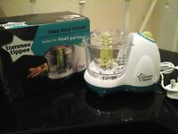Tommee Tippee baby food blender. Brand new. No offers as already reduced.