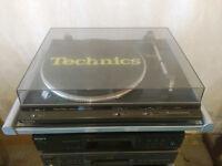 Technics Direct Drive Turntable SL-DD33