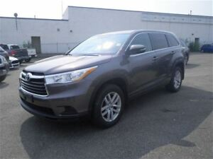 2015 Toyota Highlander LE V6 | Backup CAM | Bluetooth |