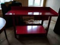 Clarke red metal workbench