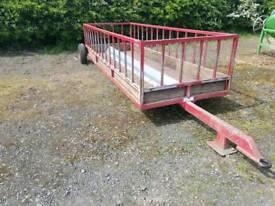 Glendale towable sheep feed trailer farm livestock tractor