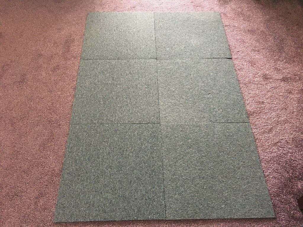 100 x Heuga Commercial Grade Grey Carpet Tiles in excellent condition(50cmx50cm)