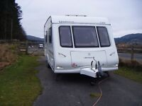 2007 Compass Omega 540 Fixed Bed with Remote Motor Mover and Full Sized Awning.