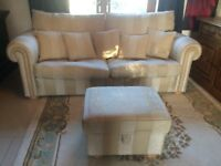 DURESTA WALDORF GOLD STRIPES GRAND SPLIT SOFA + MATCHING STORAGE POUFFE + 5 FEATHER FILLED CUSHIONS