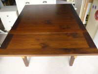 Dining Table Dark Wood and Extendable