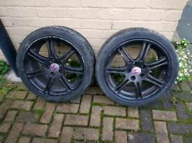 Honda civic type r alloy wheels and good tyres