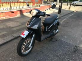 PIAGGIO LIBERTY 125cc BLACK 11 plate excellent runner