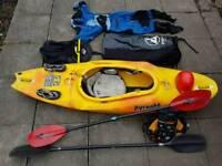 Kayak pyrahna 13/222 plus many accessories