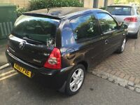Renault Clio 1.5 diesel 2007 £30 road tax for a year 12 month mot very low mileage