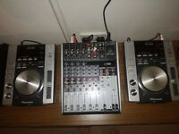 X2 pioneer cdj200 decks and behranger 1204 USB mixer