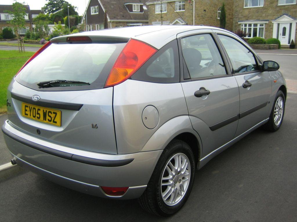 fantastic ford focus mk1 lx zetec trim silver 05 in adel west yorkshire gumtree. Black Bedroom Furniture Sets. Home Design Ideas