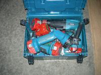 makita combi drill hammer x4 drills 12v 2.0 Ah with spair battery