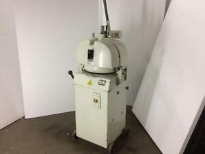 Daub Semi Automatic Bun Divider Rounder - iFoodEquipment.ca
