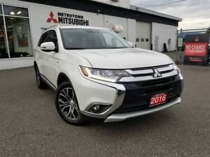 2016 Mitsubishi Outlander GT Navi; MANAGER DEMO! NO ACCIDENTS!