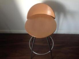 4 wooden seat and metal frame bar stools