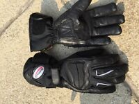 Buffalo leather motorcycle gloves. Hardly used. Small.