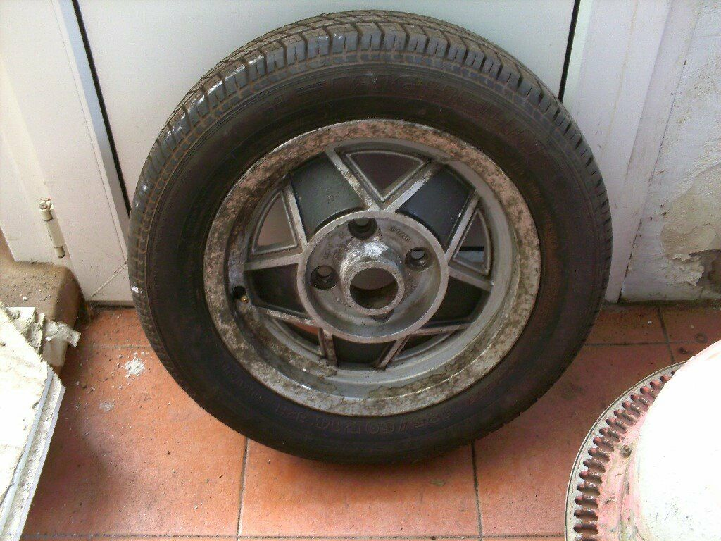 MGB GT LIMITED EDITION ALLOY WHEELS X5 WITH TYRES