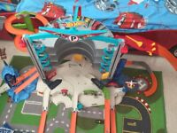 Hot Wheels Ultimate Garage 45 only!