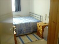 Modern Double room available to rent in Kennington