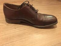 ROLAND Leather shoes - size 6 to 7