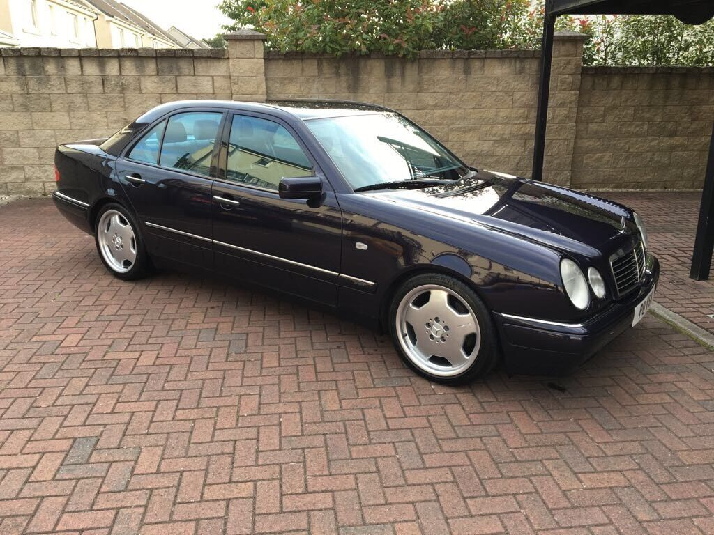 mercedes benz e430 v8 extremely rare purple 4 3 v8 e class in falkirk gumtree. Black Bedroom Furniture Sets. Home Design Ideas