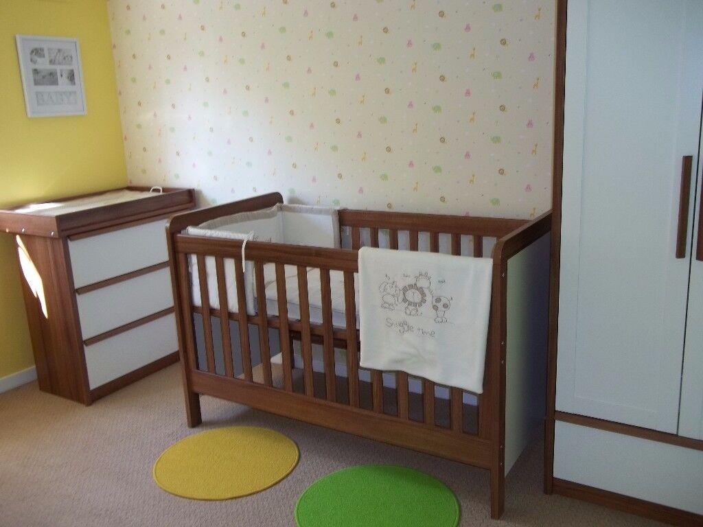 Mamas&Papas white-brown furniture set of 3