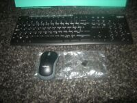 LOGITECH K270 WIRELESS KEYBOARD & MOUSE WITH TRANSCEIVER.