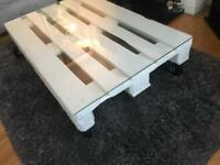 Up cycled Pallet Table £60 ONO