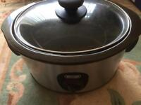 Slow cooker Delonghi large capacity