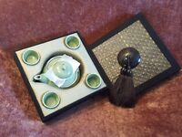Traditional Japanese Tea Pot & 4 Cup Set - New, Boxed and Unused