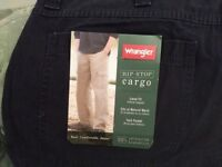 Cargo trousers brand new.