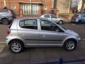 Toyota Yaris 1.3 CDX VVTI 2003 Silver 5 Door Low Genuine Miles 62K New Long MOT Very Good Condition