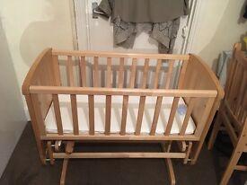 Mothercare Gliding Crib Deluxe plus Matress