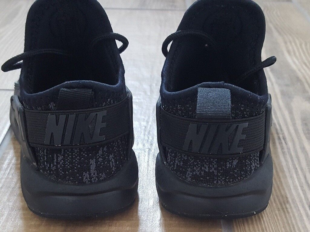 55054c5ba4cfe Nike Air Huarache Ultra Breathe Junior Size 12 Black Trainers
