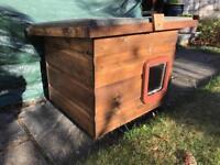 Cat dog rabbit kennel or hutch