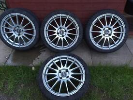 "17"" Ford alloys. Fox multispoke 205/40/17 tyres."