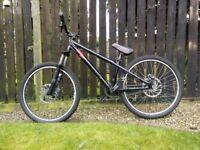 Commencal MAX MAX Dirt Jump Bike