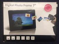 "Digital Photo Frame 7"" £15"