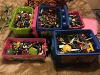 37.2kg of lego loads of figures,books no mixed al lgood