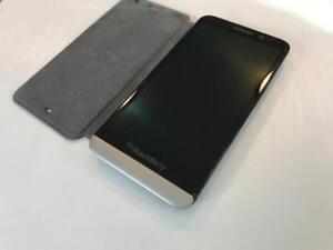 BlackBerry Z30 16GB Black - UNLOCKED W/FREEDOM - Guaranteed Activation + No Blacklist
